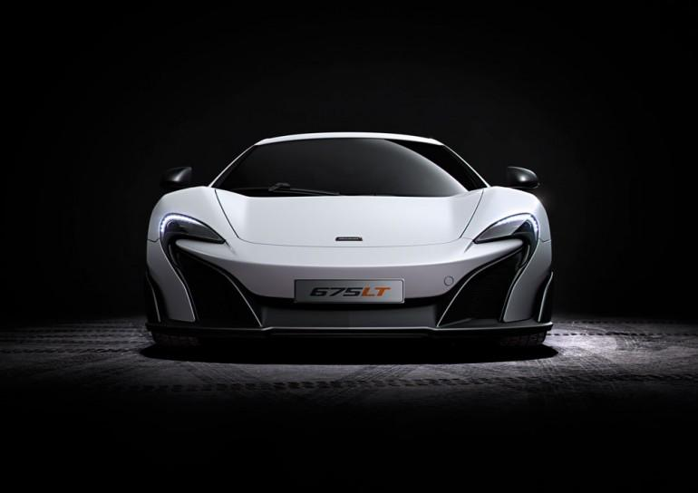 More power. Less weight. Say hello to the McLaren 675LT