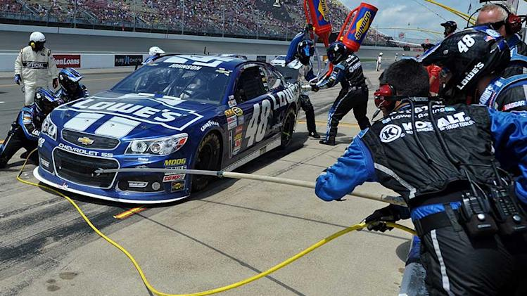 Trouble snares Hendrick quartet at Michigan