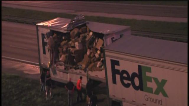 Part of I-4 shut down after FedEx crash