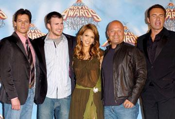 Ioan Gruffudd, Chris Evans, Jessica Alba, Michael Chiklis and Julian McMahon MTV Movie Awards 2005 - Backstage Los Angeles, CA - 6/4/05