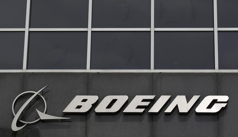 Boeing uses its clout to control supplier consolidation
