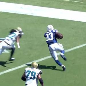 Indianapolis Colts quarterback Andrew Luck 1-yard touchdown pass to tight end Dwayne Allen