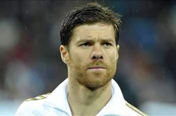 Mourinho wants Xabi Alonso to pen Real Madrid extension