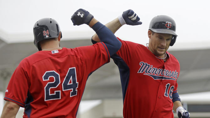 Willingham hits 1st HR, Twins beat Red Sox 7-4