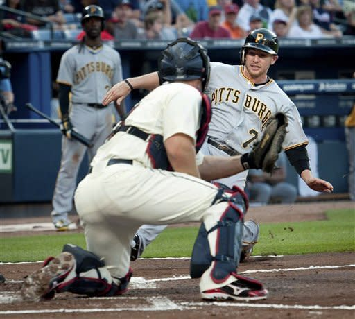 Bedard earns first win, Pirates beat Braves, 4-2