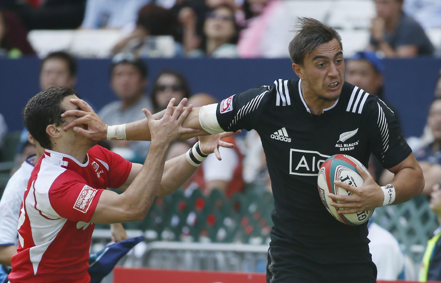 New Zealand, Fiji make quarterfinals at Hong Kong Sevens