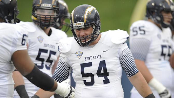 Kent State '54' helmets to honor deceased teammate