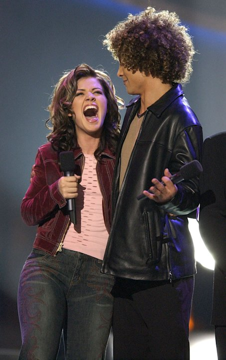 "Kelly Clarkson and Justin Guarini at the season 1 ""American Idol"" finale."