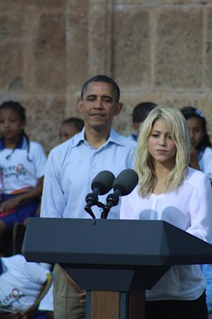 Shakira y Obama-Facebook