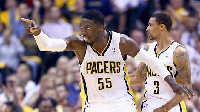 Hibbert leads Pacers past Wizards, 86-82 in Game 2