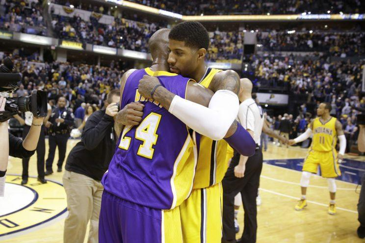 "<a class=""yom-entity-link yom-entity-sports_player"" href=""/nba/players/4725/"">Paul George</a> is still embracing Kobe Bryant. (AP)"