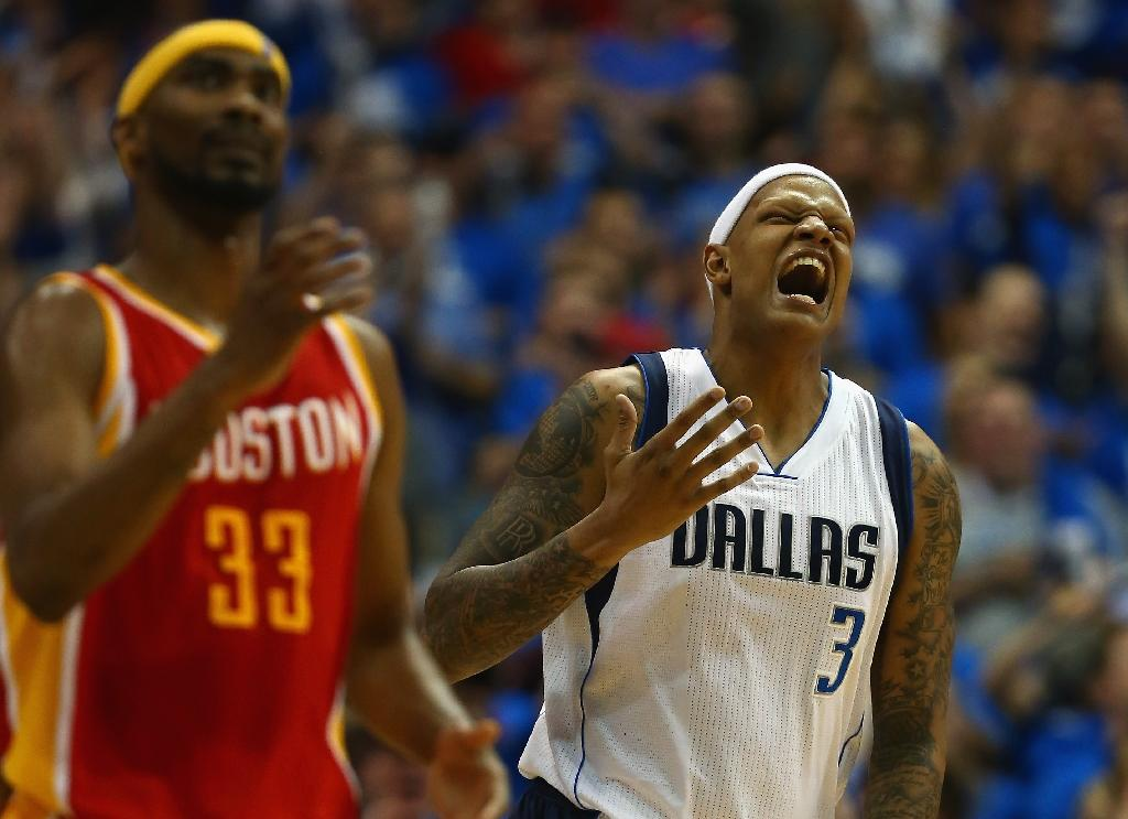 Mavericks down Rockets to stay alive in NBA playoffs