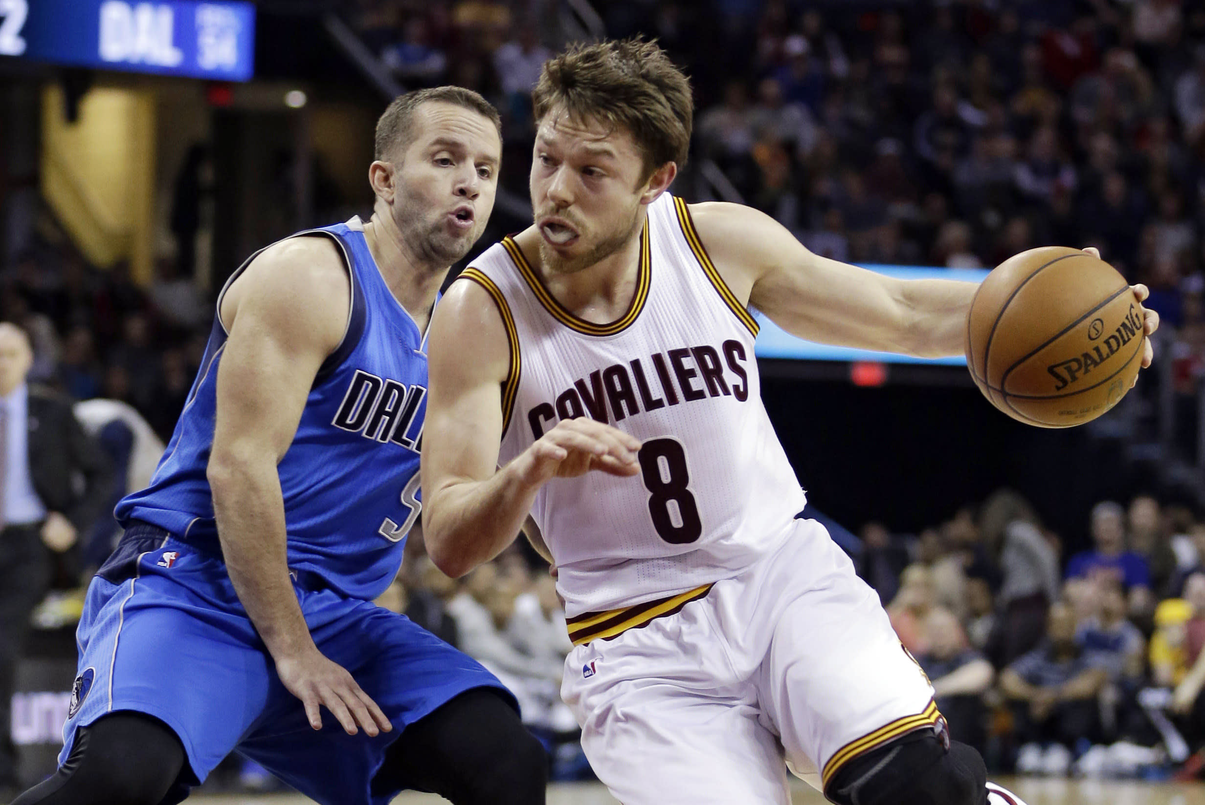 Man at work: Aussie guard Dellavedova sparks Cavs with grit