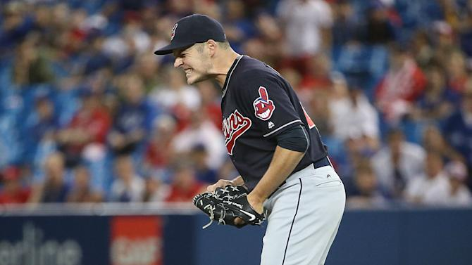 Friday's MLB Rundown: Indians set club record after beating Blue Jays in 19-inning marathon