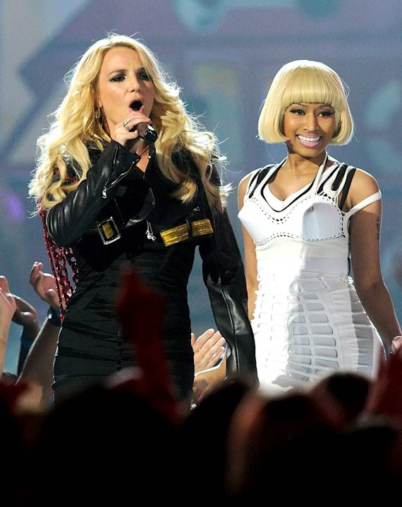Spears Minaj Billboard Awards