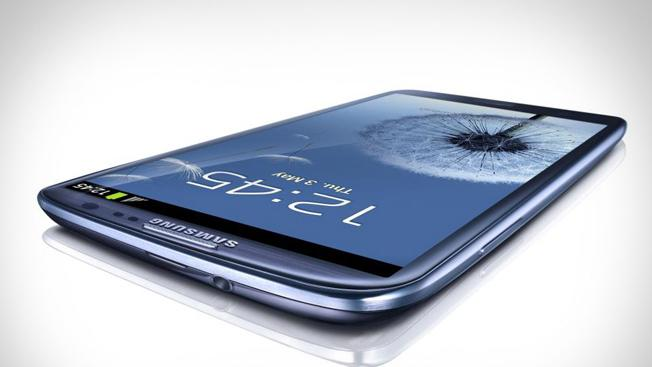 Samsung's Galaxy series bests iPhone for top smartphone sub-brand