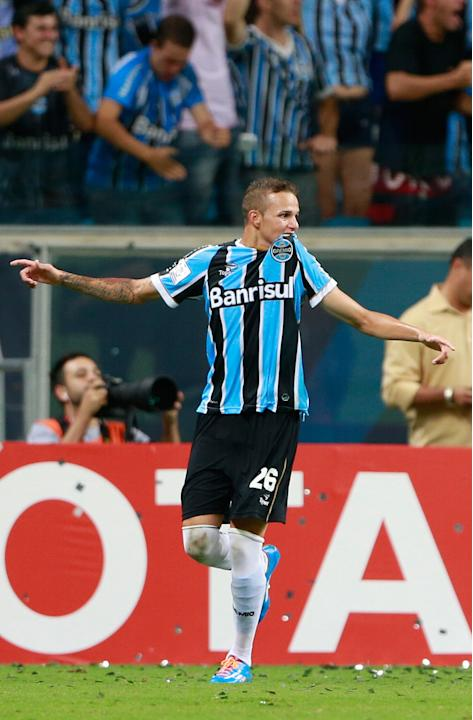 Luan of Brazil's Gremio celebrates after scoring a goal against Colombia's Atletico Nacional during their Copa Libertadores match in Porto Alegre