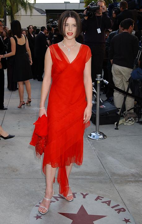 Neve Campbell in red chiffon