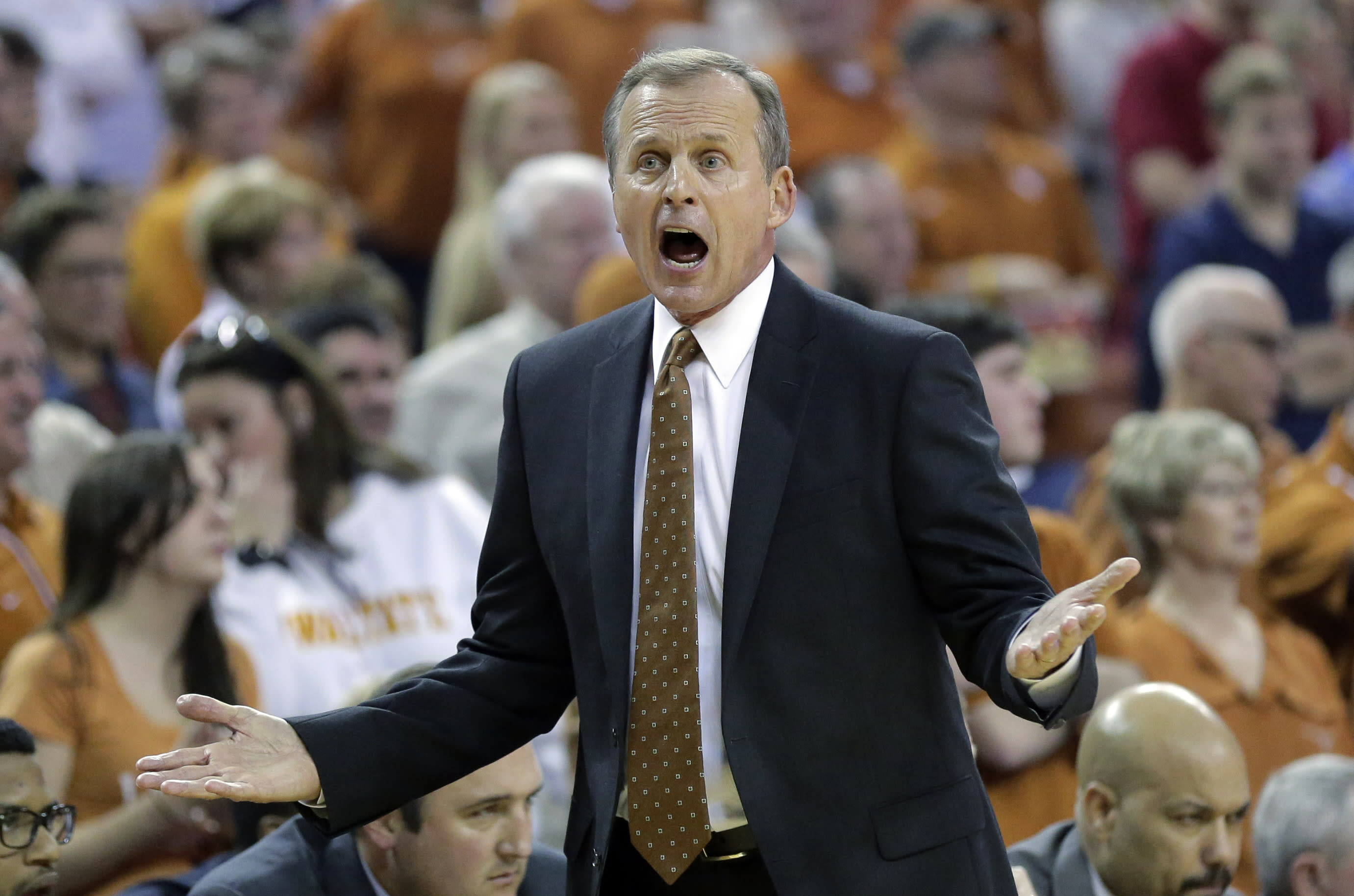 Rick Barnes to Tennessee further bolsters the SEC's coaching ranks