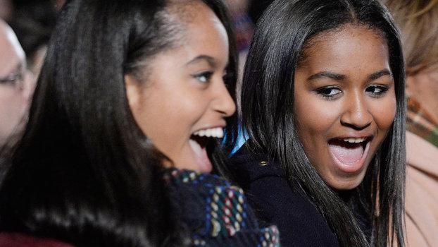 Sasha and Malia's Snow Day: The White House Photographer's Favorite Work Memory