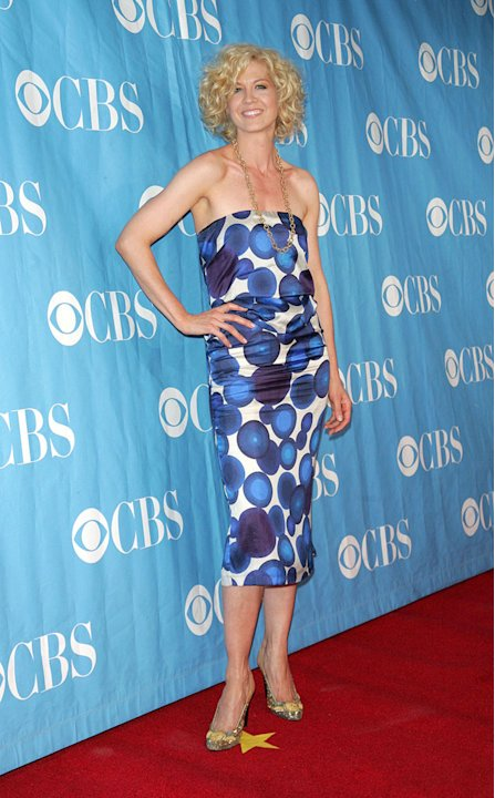 Jenna Elfman attends the 2009 CBS Upfront at Terminal 5 on May 20, 2009 in New York City. 