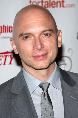 "FILE - In this May 23, 2010 file photo, actor Michael Cerveris arrives at the 55th Annual Drama Desk Awards in New York.  Cerveris will star as Juan Perón in Tim Rice and Andrew Lloyd Webber's ""Evita."" (AP Photo/Charles Sykes, file)"
