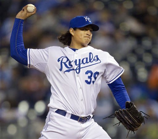 Cabrera wins Triple Crown as Tigers beat Royals