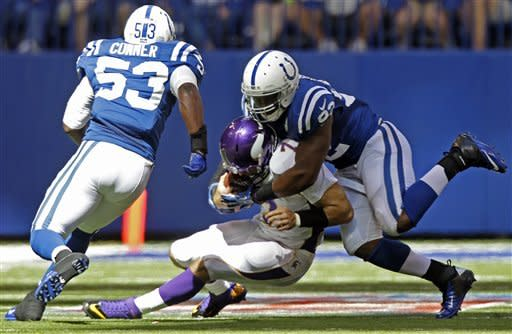 Colts, Luck find way to hold off Minnesota 23-20