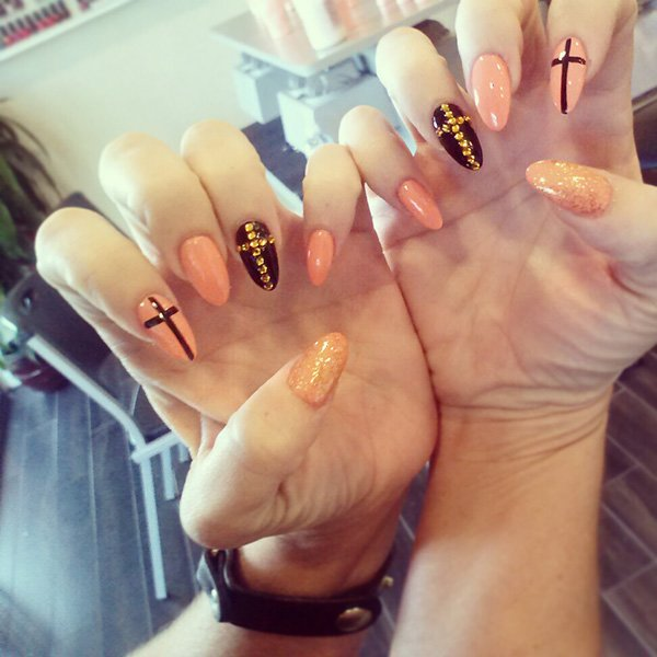 nails of the day, march 14