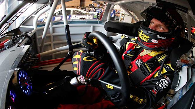 Bowyer fastest at Fontana opening practice