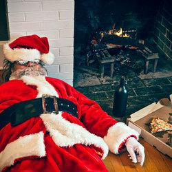 Avoid Being Bad Santa: Important Holiday Food Safety Tips