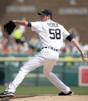 Fielder, Young homer to help Tigers top Royals 8-7