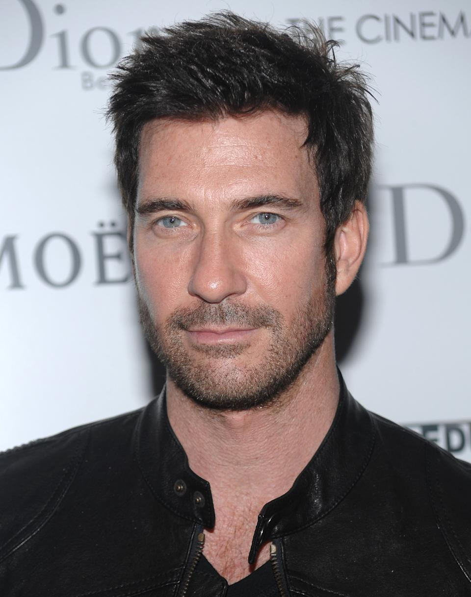 "FILE - In this Oct. 7, 2009 file photo, actor Dylan McDermott attends a special screening of ""An Education"" in New York. FX has ordered 13 episodes of the drama, ""American Horror Story,"" whose cast  includes Dylan McDermott, Connie Britton and Jessica Lange. (AP Photo/Evan Agostini, file)"
