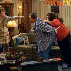 Mike & Molly - The New Career