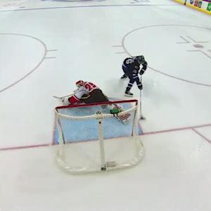 Blake Wheeler turns on the moves in shootout
