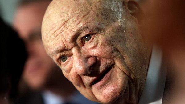 Ed Koch, mayor who became a symbol of NYC, dies