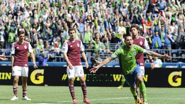 Seattle Sounders FC 4-1 Colorado Rapids: Dempsey continues red-hot form with double