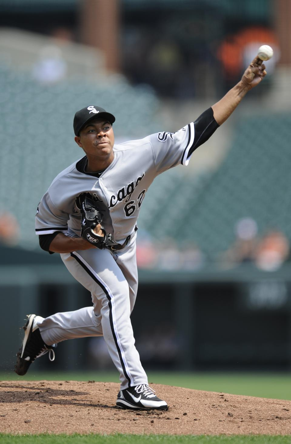 Chicago White Sox starting pitcher Jose Quintana delivers a pitch against the Baltimore Orioles during the first inning of a baseball game, Thursday, Aug. 30, 2012, in Baltimore. (AP Photo/Nick Wass)