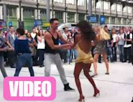 Shy'm : Son (mini) flashmob dans une gare ! (VIDEOS)
