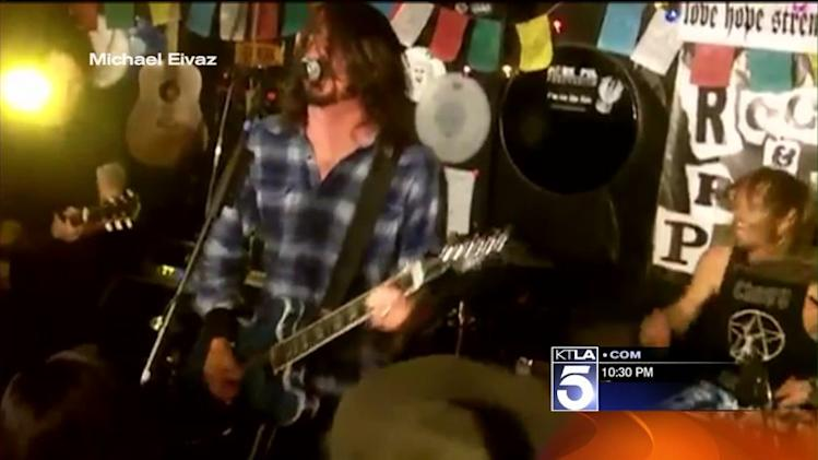 Foo Fighters Rock Local Pizza Restaurant During Suprise Concert