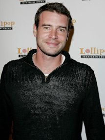 Photo of Scott Foley
