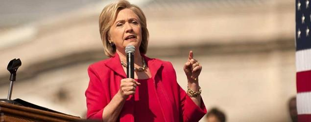 Clinton didn't 'stop and think' about email setup