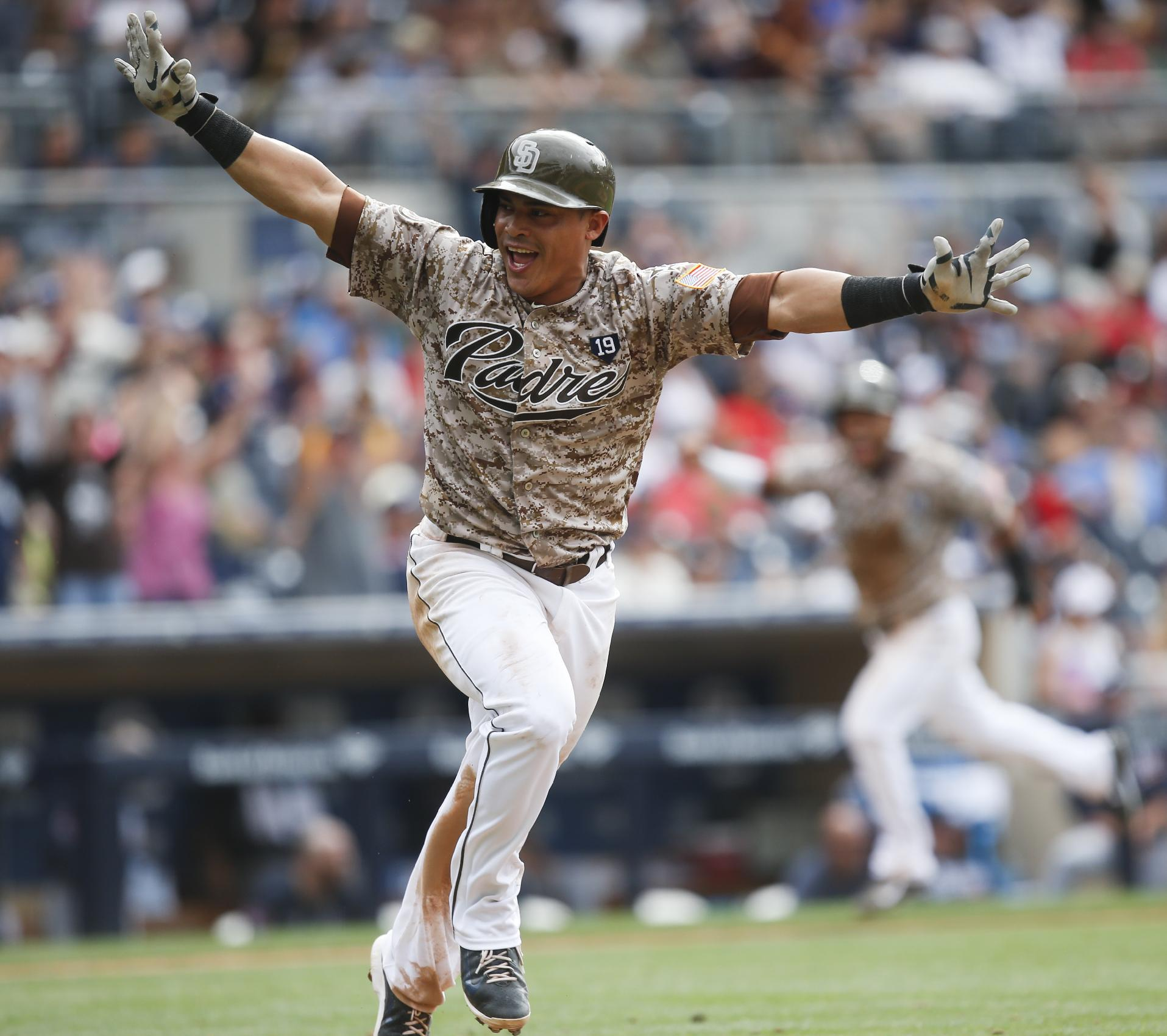 Infielder Everth Cabrera joins Orioles for 1st workout