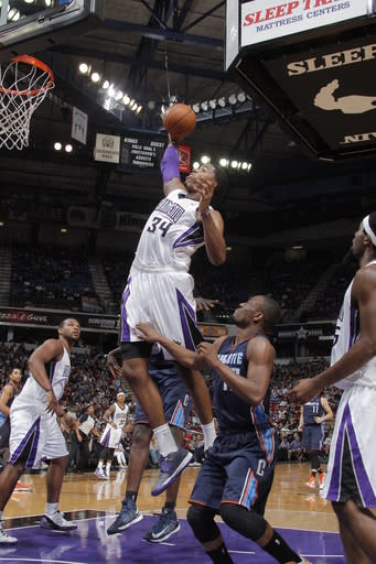 Salmons, Thompson lead Kings past Bobcats, 119-83