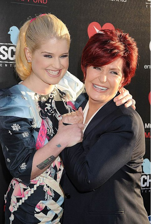 Kelly Sharon Osbourne Oxxy Benefit