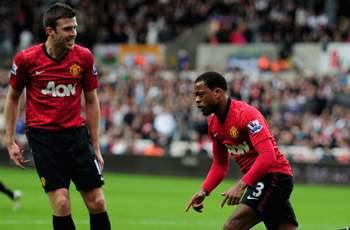 Evra: Ferguson may sack the whole Manchester United team if we let City catch us