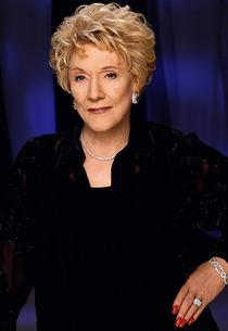 Jeanne Cooper | Photo Credits: Cliff Lipson/CBS