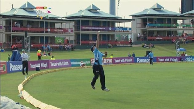 Champions League T20 a one-handed catch on the boundary