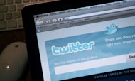 Pakistan Blocks Twitter Over &#39;Blasphemy&#39;