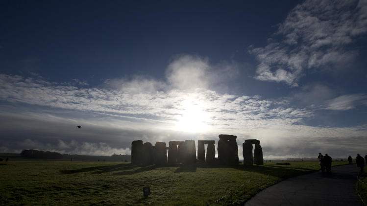 Ancient Stonehenge gets modern-day revamp